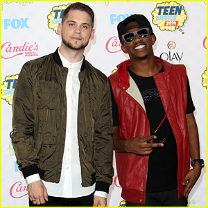 MKTO Blasts into the Teen Choice Awards 2014