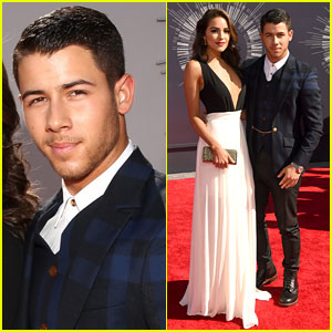 Nick Jonas & Olivia Culpo Are a Picture Perfect Couple at the MTV VMAs 2014!