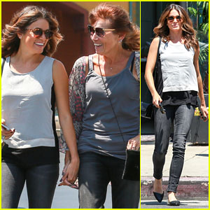 Nikki Reed & Her Mom Head to the Nail Salon!