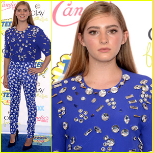 Willow Shields is Totally Bedazzled at Teen Choice Awards 2014