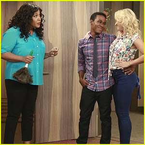 There's A New 'Young & Hungry' Tonight - Get A Sneak Peek!