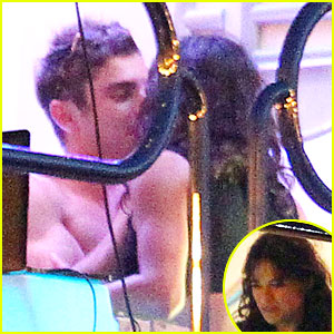 Shirtless Zac Efron & Michelle Rodriguez Pack On the PDA in Ibiza