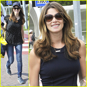 Ashley Greene & Alexandra Daddario Have Come To 'Bury The Ex' in Venice
