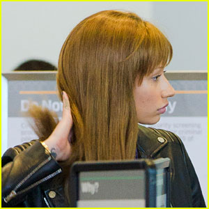 Iggy Azalea Tries to Go Incognito in Wig at Airport