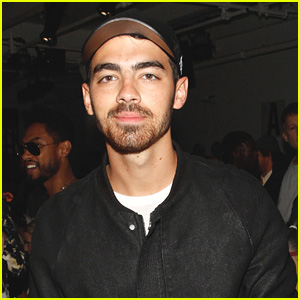 Joe Jonas Goes Back to 'Public School' at NYFW