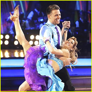 Jonathan Bennett & Allison Holker Jive into Our Hearts on 'DWTS' - See the Pics!