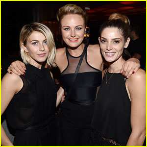 Julianne Hough Watches the Katy Perry Concert with Ashley Greene!