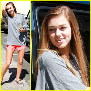 Sadie Robertson Makes Dance Rehearsal a Family Affair!