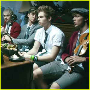 5 Seconds of Summer Debut 'Good Girls' Music Video - Watch Here!