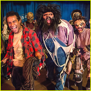 Corbin Bleu Gets His Scare On at Knott's Scary Farm