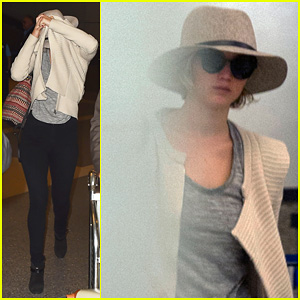 Jennifer Lawrence Returns to Los Angeles After Hitting Up London for 'Serena' Premiere!