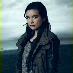 Madalyn Horcher Assures Us That No Secrets are Safe in 'Gracepoint' (JJJ Interview)