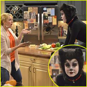 Taylor Spreitler Just Won't Get Off The Counter In Melissa & Joey's Halloween Episode