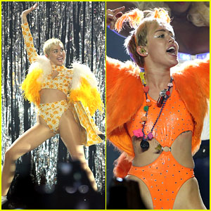 Miley Cyrus Goes on Sightseeing Boat Tour Down Under!