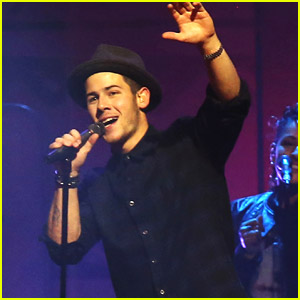 Nick Jonas Performs 'Jealous' At We Day Vancouver