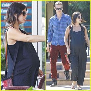 Pregnant Rachel Bilson & Hayden Christensen Do Some Home Improvement at Lowe's