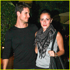 Robbie Amell On Fiancee Italia Ricci: 'She's An Incredible Actress'