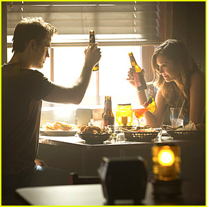 Whoa! Stefan Proposes To Elena in New 'Vampire Diaries'?!