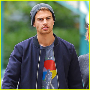Theo James Makes Us Swoon in His Fall-Ready Gear!