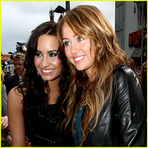 Demi Lovato Says She's Not Friends with Miley