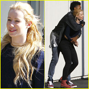 Iggy Azalea & Nick Young Bust a Move While On a Lunch Date!