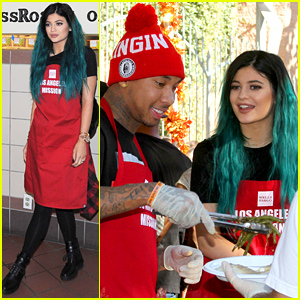 Kylie Jenner & Tyga Feed the Hungry Together Before Thanksgiving