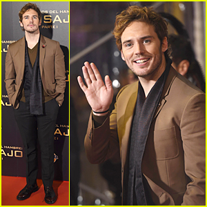 Sam Claflin Isn't Comfortable Being a Sex Symbol