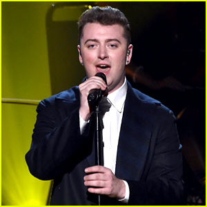 Sam Smith Hits the Stage at AMAs 2014 (Video)