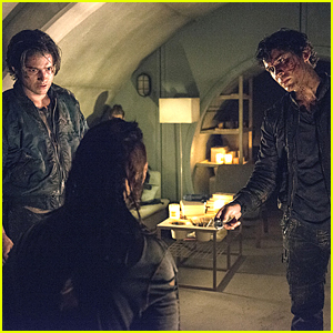 Finn & Bellamy Get Rough In Interrogations on 'The 100'