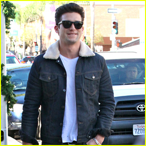 Daren Kagasoff Photos News Videos And Gallery Just Jared Jr His birthday, what he did before fame, his family life, fun trivia facts, popularity rankings, and more. http www justjaredjr com tags daren kagasoff