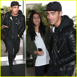 Joe Jonas Runs into Fans On His Way to Miami