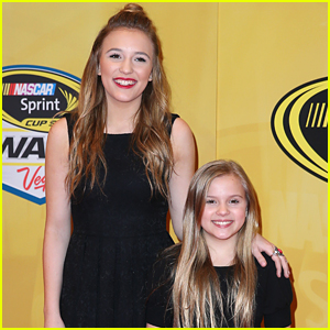 Lennon & Maisy Stella Make It To Vegas For NASCAR Awards