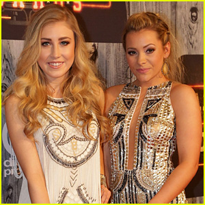 Country Duo Maddie & Tae Double Up for American Country Countdown Awards 2014