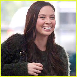 malese jow heads home for the holidays malese jow just jared jr