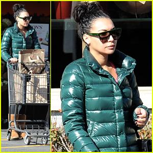 Naya Rivera Gets NYE Shopping In Before Ringing In 2015
