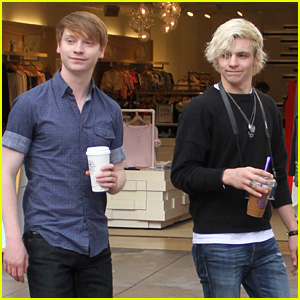 Calum Worthy And Ross Lynch 2014 Ross Lynch Witnesses C...