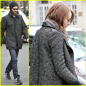 Andrew Garfield's Girlfriend Emma Stone is a Homebody