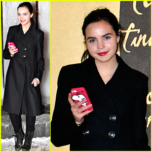Bailee Madison Plays The Toronto Tourist