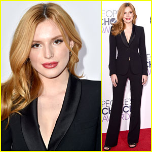 Bella Thorne Stuns on the Red Carpet at People's Choice Awards 2015!