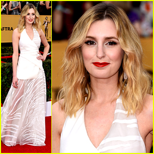 Laura Carmichael WINS with 'Downton Abbey' Cast at SAG Awards 2015!