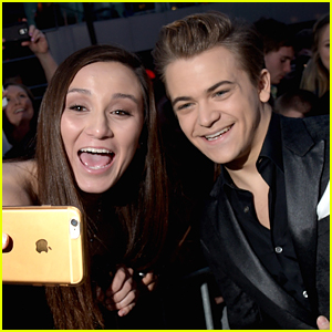 Hunter Hayes Is One Hot People's Choice Awards Winner!