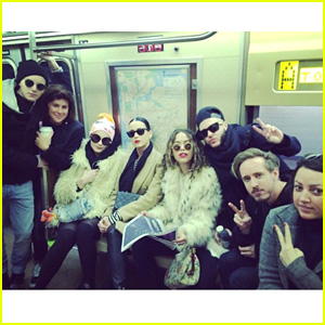 Katy Perry Takes the NYC Subway to Party with Rita Ora on NYE