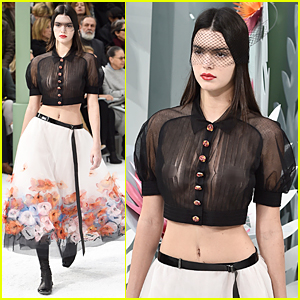Kendall Jenner Rocks Sexy Sheer Top in Paris Fashion Show