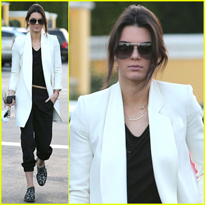 Kendall Jenner's First Stop After Dubai Trip? Johnny Rockets!