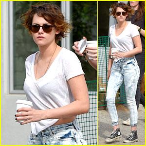 Kristen Stewart Takes a Coffee Break with a Friend