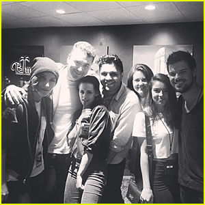 Kristen Stewart Has 'Twilight' Reunion With Taylor Lautner at Sam Smith's Concert