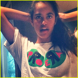 Malia Obama Is Featured In a Rare Selfie That Surfaced Online