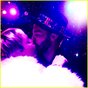 Miley Cyrus & Patrick Schwarzenegger Kiss on New Year's Eve! (Photo)