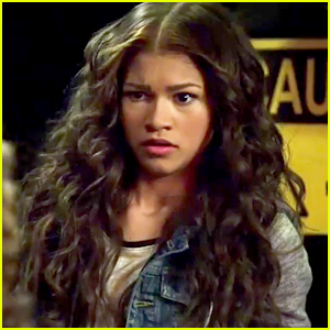 Zendaya Finds Out The Family Business In New Clip From 'K.C. Undercover' - Watch Here!