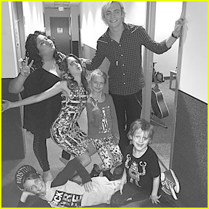 Austin & Ally Cast Celebrates KCA Nominations With Silly Selfies